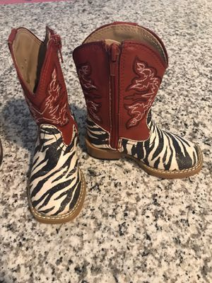 Girls toddler boots for Sale in Tomball, TX