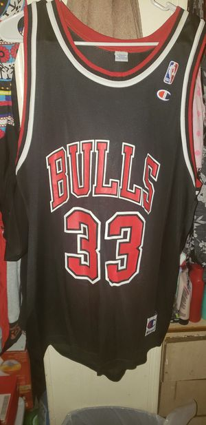 Vintage 1996 scottie pippen bulls jersey for Sale in Airway Heights, WA