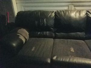 Couch free for Sale in Fresno, CA