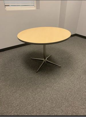 Break room table, office furniture 42 inch for Sale in Cocoa, FL