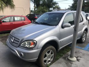 Parting Mercedes ML320 AWD or selling the whole car for Sale in Doral, FL