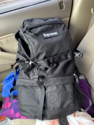 Supreme Backpack 2015 RARE! Great price for Sale in Woodbridge Township, NJ