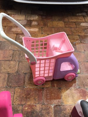 East Orlando used good condition shopping cart kids for Sale in Orlando, FL