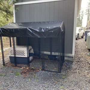 Lucky Dog Kennel Convertible 8'x4'x6' Tall With Cover for Sale in Snohomish, WA