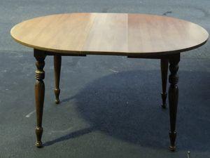 Kitchen table for Sale in Manassas Park, VA