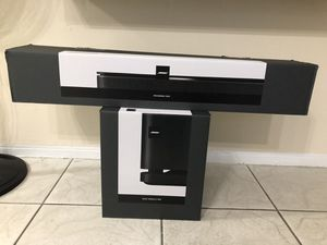 Bose sound bar 500 with bose bass module 500 for Sale in Doral, FL