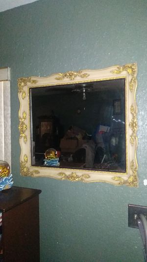 Victorian Hanging mirror for Sale in Auburndale, FL