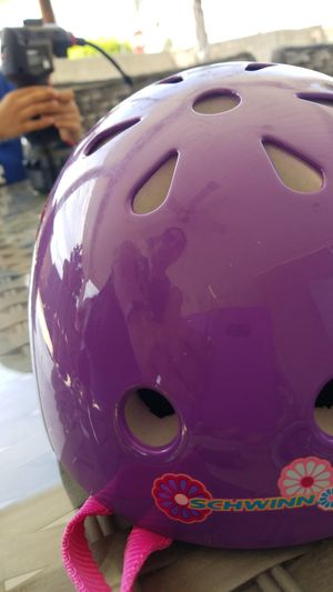 Bike helmet for kids for Sale in Anaheim, CA
