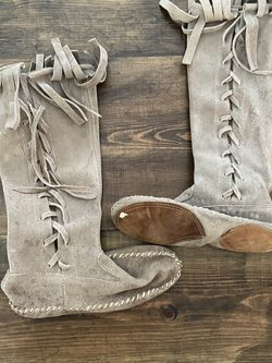 Vintage Knee High Moccasin for Sale in Oklahoma City,  OK