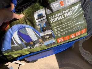 10 person camping tent for Sale in San Jose, CA