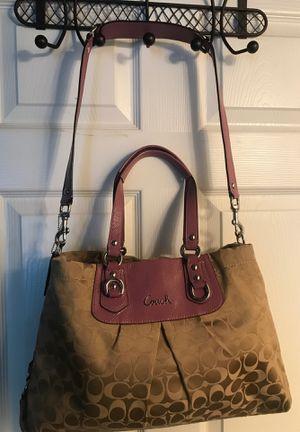 Coach Ashley Signature Carryall Shoulder Bag Purple Lavender Lilac F15510 for Sale in Winter Springs, FL