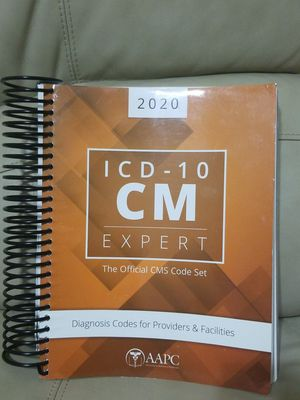 Icd 10 CM Expert 2020 by AAPC. Guidelines included. Very Good condition for Sale in Hialeah, FL