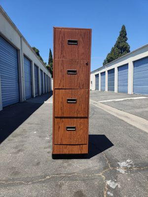 Metal file cabinet with wheels for Sale in Lynwood, CA