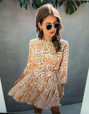 Allover Print Belted A-line Dress (Large/X-Large) for Sale in La Puente, CA