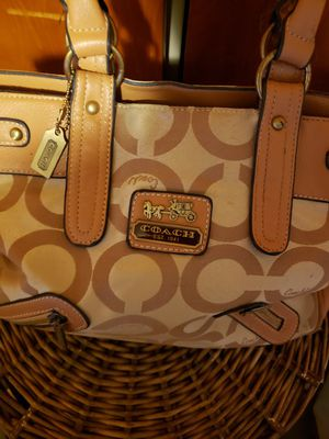 Authentic Coach lg purse used for Sale in Buffalo, NY