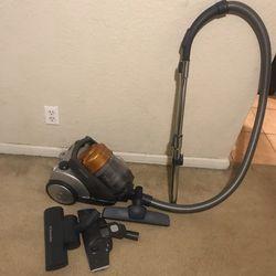 Electrolux T8 Vacuum for Sale in Belle Isle,  FL