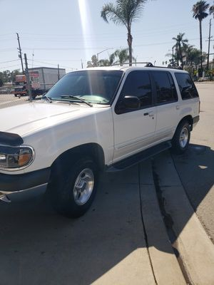 1999 Ford Explore XLT 4x4 for Sale in Hemet, CA