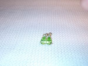 14k Solid Gold Teardrop Peridot and Diamond for Sale in Lakeland, FL