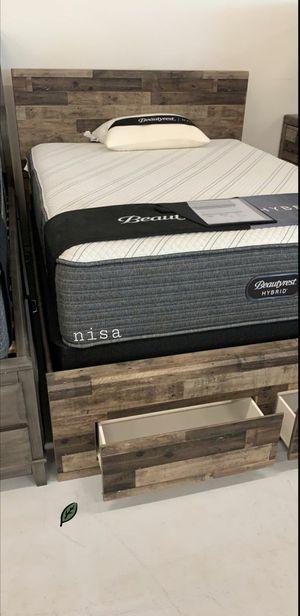 $39 DOWN❗BEST Deal 🛬 Derekson Gray Footboard Storage Platform Bedroom Set | B200 235 for Sale in Jessup, MD