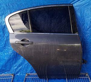 2007 - 2015 INFINITI G25 G35 G37 Q40 SEDAN REAR RIGHT PASSENGER SIDE DOOR ASSEMBLY BLUE for Sale in Fort Lauderdale, FL