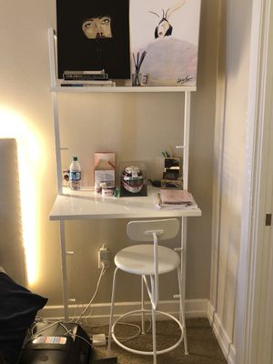 White lacquer, wall mounted desk with chair for Sale in Houston, TX