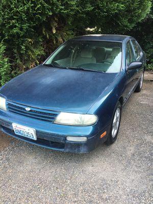 1995 Nissan Altima runs good , good for Sale in Vancouver, WA