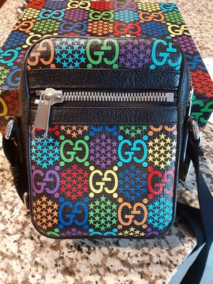Gucci psychedelic unisex cross body bag for Sale in Charlotte, NC