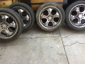 Tires with rims size 17 for Sale in Irvine, CA