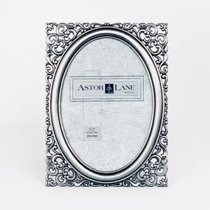 Antique Silver Metal Oval Picture Frame with Glass Front for Home Decoration (5x7) for Sale in Alexandria, VA