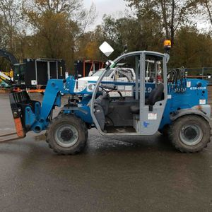 Genie 5519 ( Reach Forklift) for Sale in Kent, WA