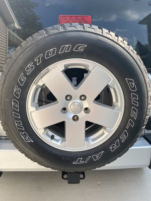 New Wrangler tires and wheels (2011) p255/70r18 for Sale in Oswego, IL