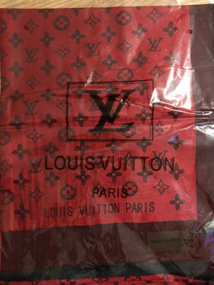 LV and Gucci scarf for Sale in San Jose, CA
