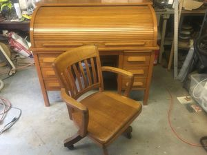 Antique rolltop desk and chair. for Sale in Portland, OR