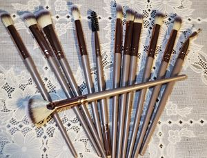 Makeup brushes / Brochas para maquillaje for Sale in Los Angeles, CA