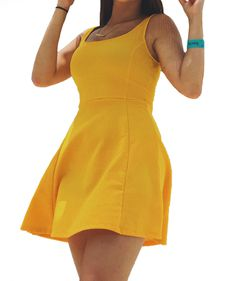 Yellow summer dress h&m size xs for Sale in Silver Spring,  MD