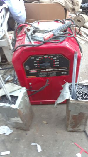Lincoln AC 225 Welder with welding rods for Sale in San Jose, CA