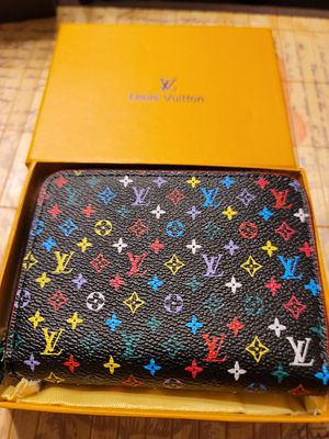 Small Designer Women's Wallet for Sale in Rochester Hills, MI