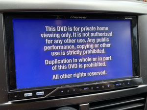 Pioneer AVH-P4200DVD double din in dash car stereo unit for Sale in Kent, WA