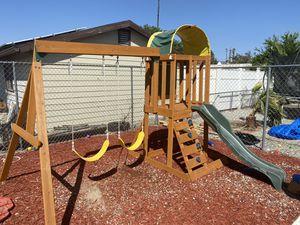 Like new swing set for Sale in Hemet, CA