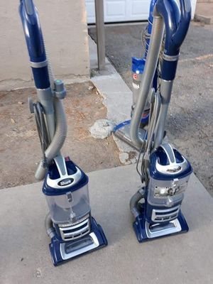 Navigator vacuum shark for Sale in Modesto, CA