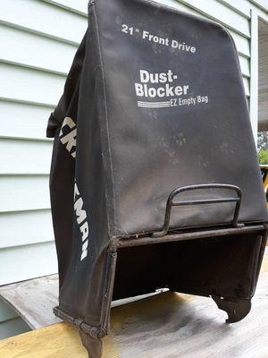 "Craftsman lawn mower bagger..21"" pick up in Graysville area. for Sale in Dora, AL"