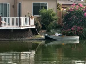 Boat for private lake w/trolling motor for Sale in Chowchilla, CA