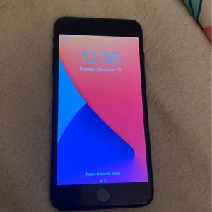 iPhone 7 Plus for Sale in Lexington, KY