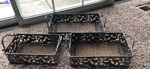 3 different size tray for Sale in Hilliard, OH