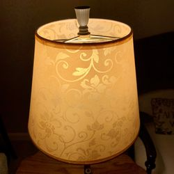 Cute Floral Table Lamp for Sale in Tigard,  OR