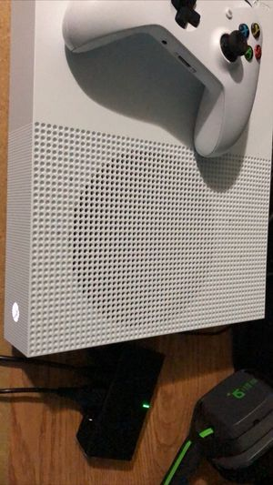 Xbox One S 1TB for Sale in Houston, TX