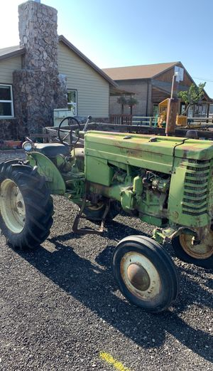 John deer tractor for Sale in Prineville, OR