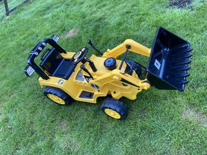 Power wheels tractor for Sale in Portland, OR