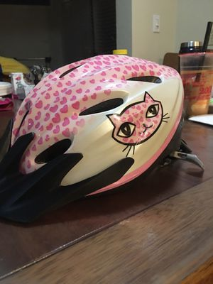 Girl's helmet for Sale in Bellevue, WA