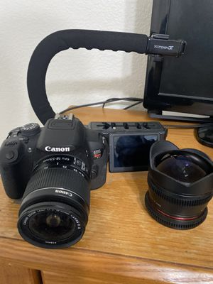 Canon EOS Rebel T5i DSLR w/ Rokonin Fisheye, camera bag, grip, batteries and chargers for Sale in Gilbert, AZ